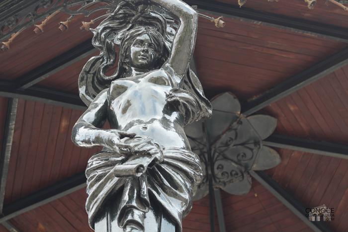 detalle-quiosco-plaza-de-armas copy