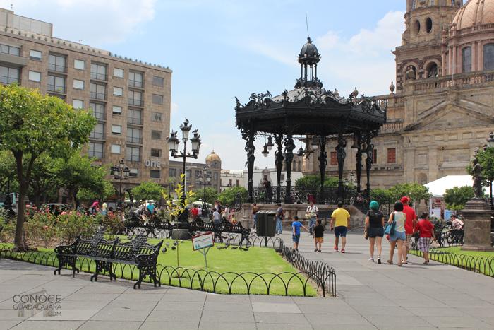plaza-de-armas-guadalajara-kiosko copy
